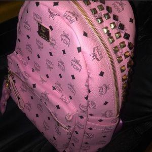 Pink MCM backpack (medium) *READ DESCRIPTION*
